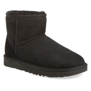 Ugg • Classic Mini || Genuine Shearling Li…